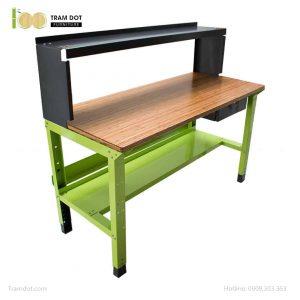Bàn nguội thao tác cơ khí Workbench PHÒNG LAB mặt bàn tre | TRAMDOT Furniture