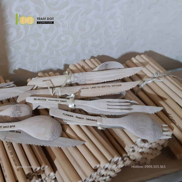 Bộ dao muỗng nĩa tre tự nhiên TRĂM ĐỐT Furniture