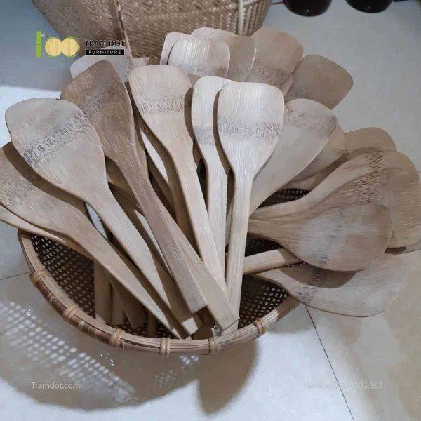 Muỗng xới cơm tre bo tròn đầu TRĂM ĐỐT Furniture