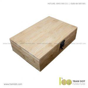 Hộp tre chữ nhật có khóa cài DORION | Dịch vụ gia công khay, hộp tre theo yêu cầu Trăm Đốt