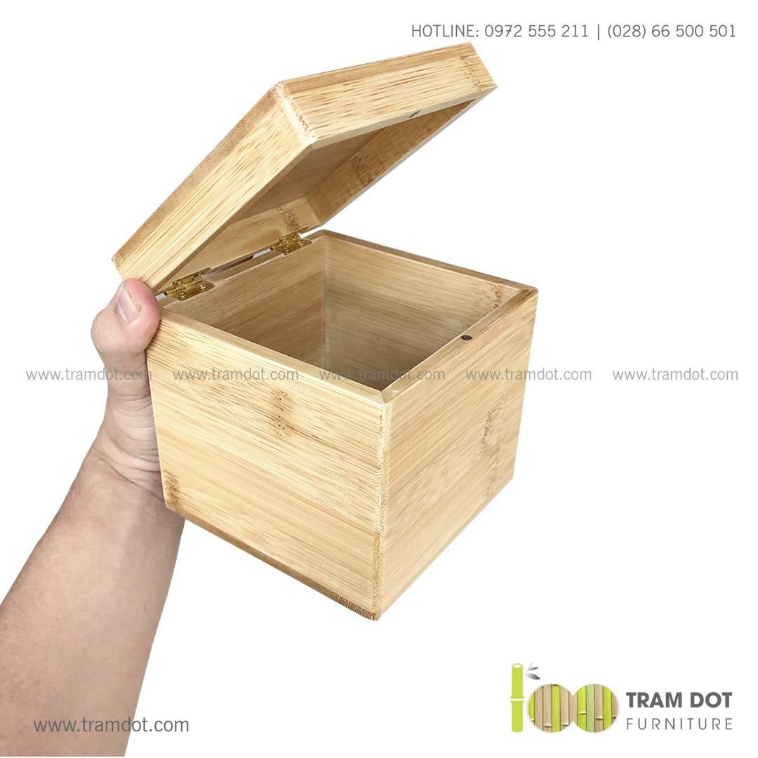 Hộp tre vuông có khóa cài DONTE | Dịch vụ gia công khay, hộp tre theo yêu cầu Trăm Đốt