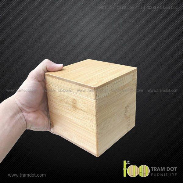 Hộp tre vuông có khóa cài DONTE   Dịch vụ gia công khay, hộp tre theo yêu cầu Trăm Đốt