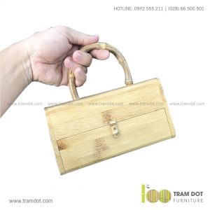 Túi xách nữ cầm tay bằng tre DINA | Dịch vụ gia công quà tặng tre theo yêu cầu Trăm Đốt