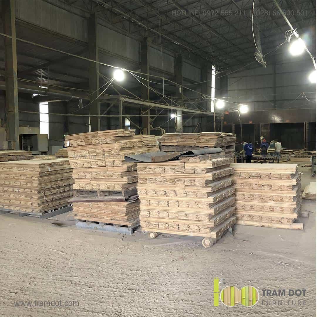 Tham quan xưởng tre ép, nhà máy chế biến tre ép Mộc Châu